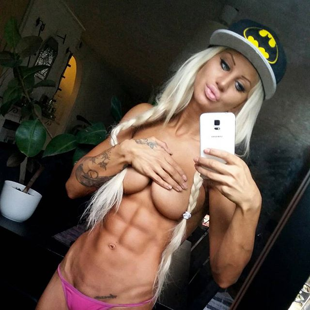 nattklubb chinesse litet bröst i Stockholm