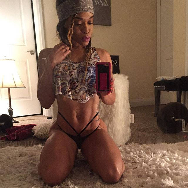 Lola Montez  S4S 10K Plus fit_lolamontez