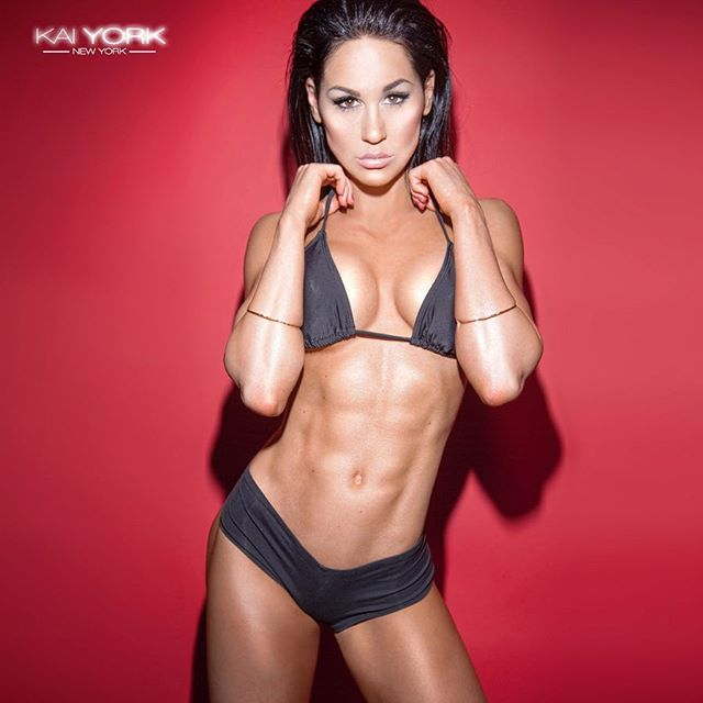 Ashley Kaltwasser ashleykfit