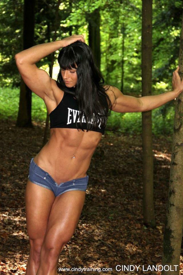 Cindy Landolt - The Fitness Girlz