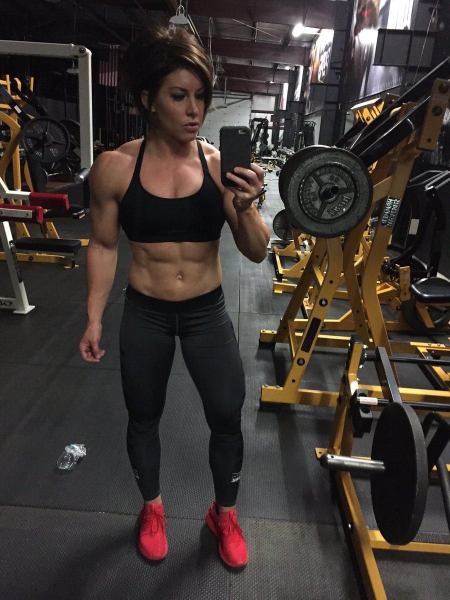 DANA LINN BAILEY - The Fitness Girlz