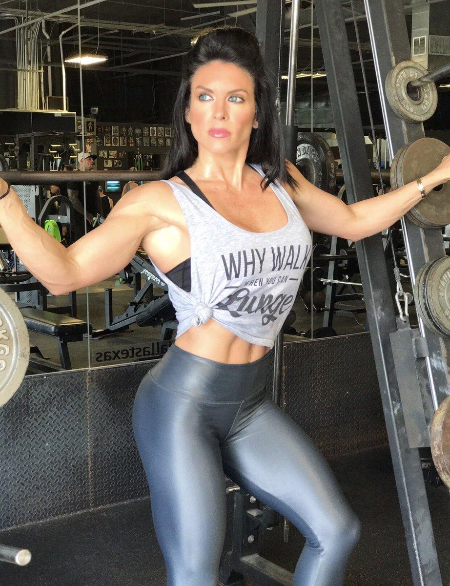 Amanda Latona Kuclo