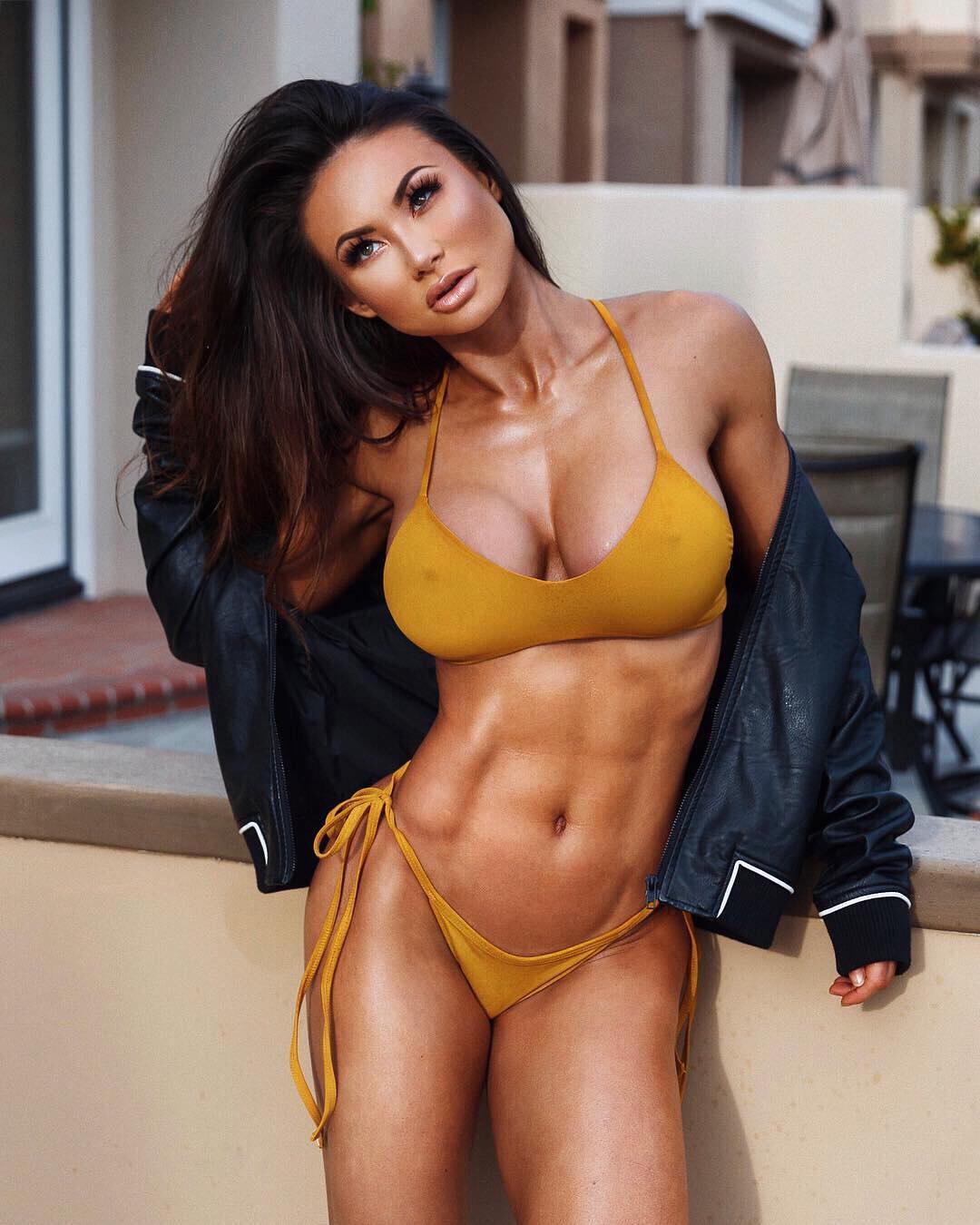 Michie Peachie - michie_peachie - The Fitness Girlz