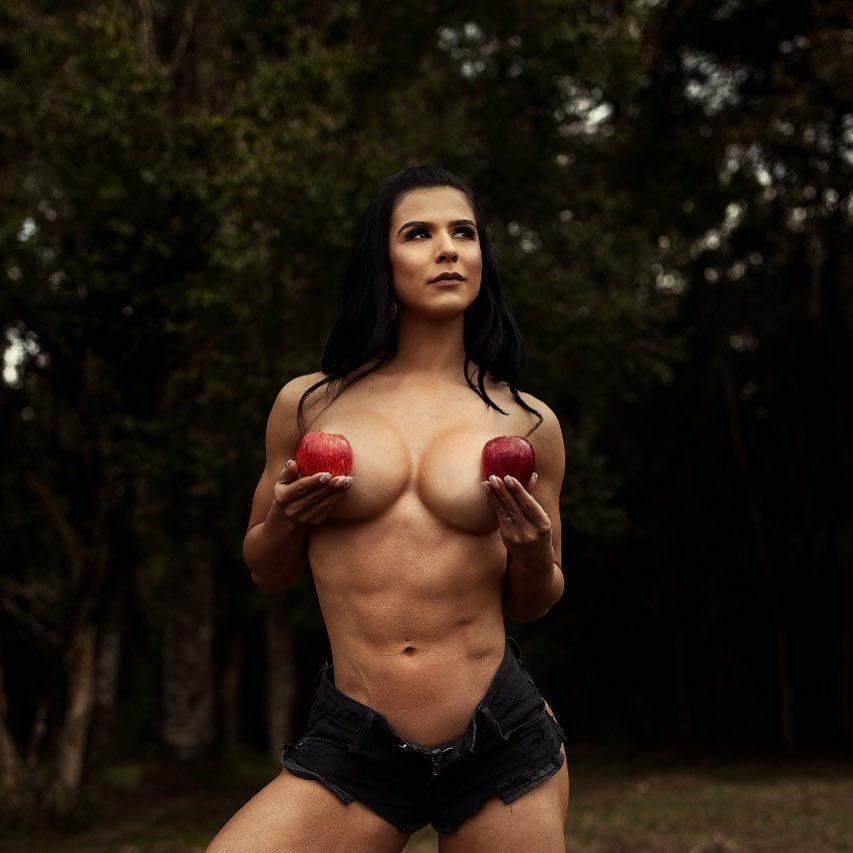 Eva Andressa