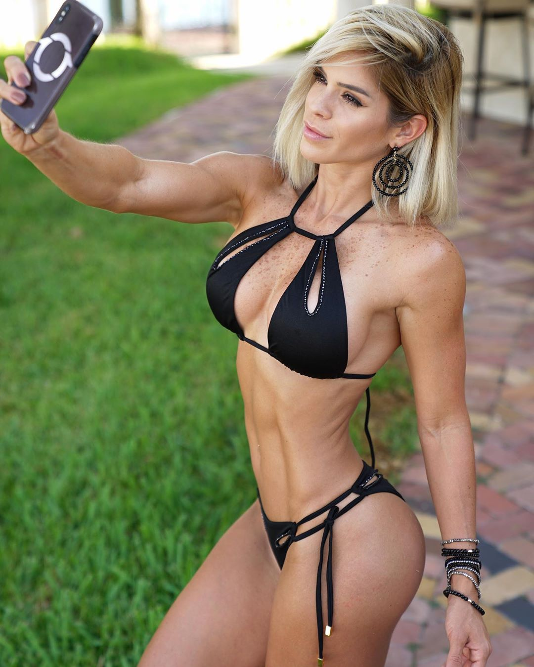 Michelle Lewin Workout Routine And Diet Plan 2020 - Health