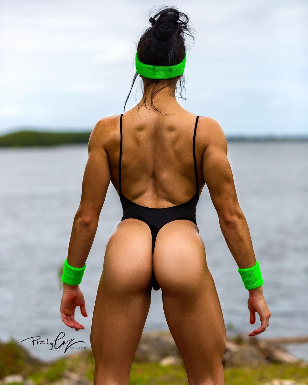 Yesenia Perez