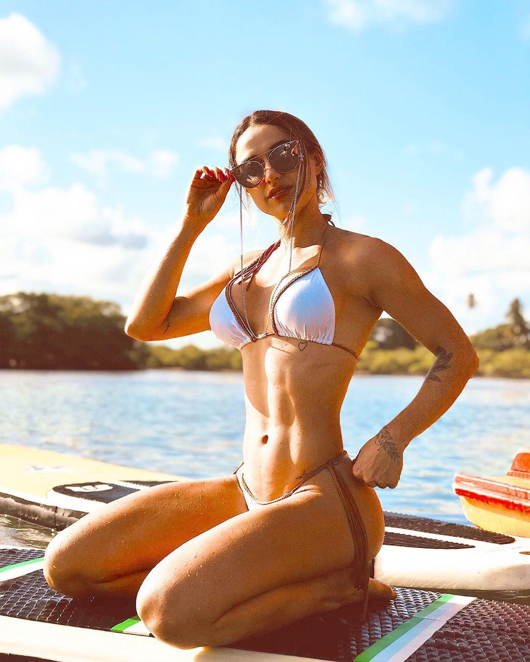 Amanda Manoela Alves