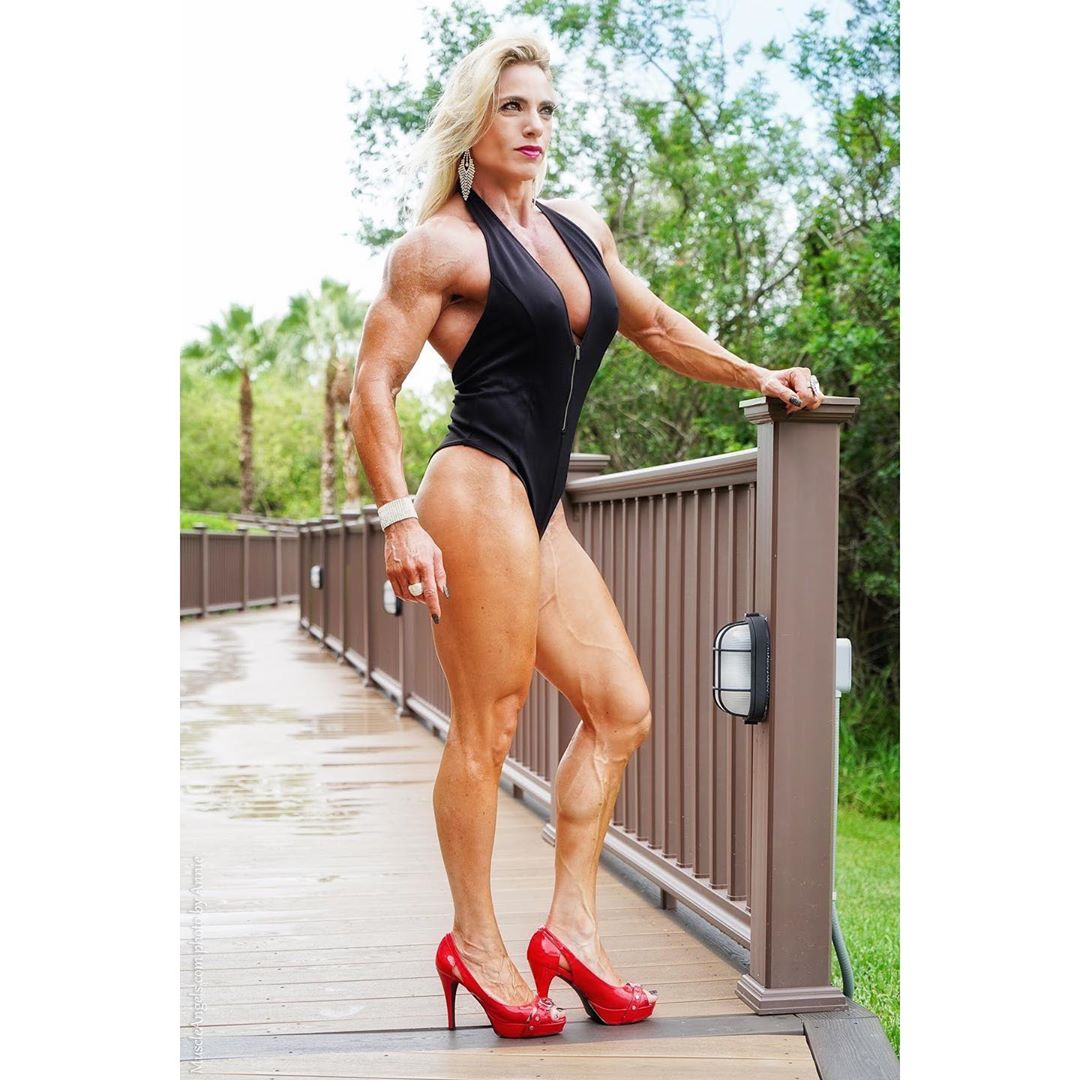 Dana  Shemesh